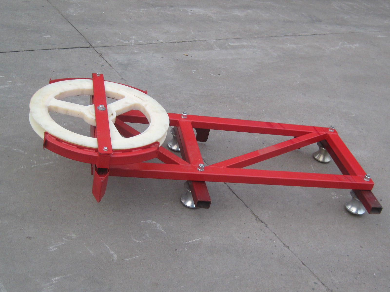ODM Steel Red and blue Cable Trolley for Construction Hoist Spare Parts