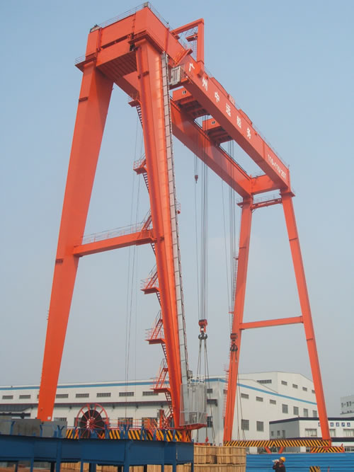 ME 110 + 110 / 25t Gantry Electric Overhead Crane With 45m Span, 50m Load- Lifting Height